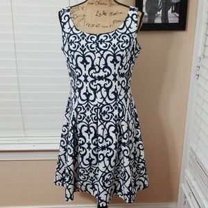 Ronni Nicole Fit and Flare blue/whitr dress size 8